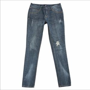 A.N.A. MODERN FIT DISTRESSED JEANS